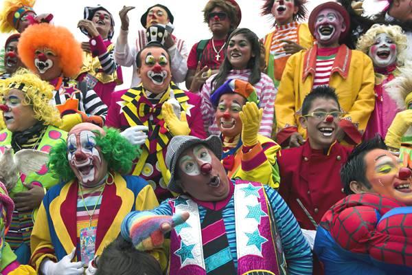 clowns-mexico-00