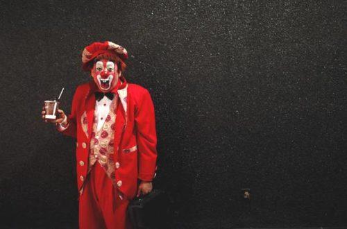 Article : Mon Dieu, protège tes clowns