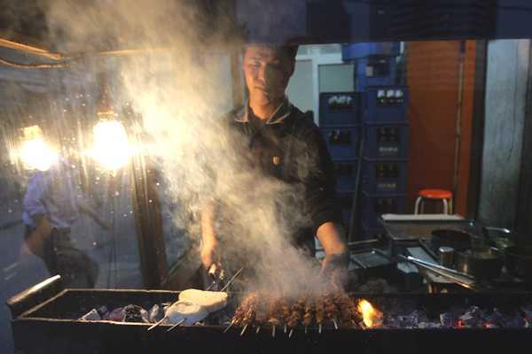 pekin-barbecues-00