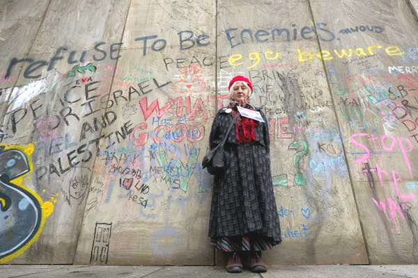 st-james-apartheid-wall-11