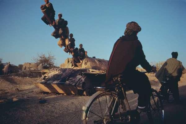 enfants-chars-afghanistan-03
