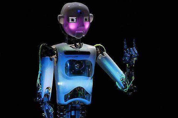 Robot01_opt